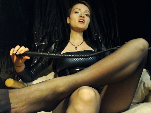 ass whipping sissy mistress