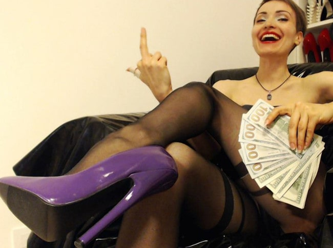 money mistress showing off money