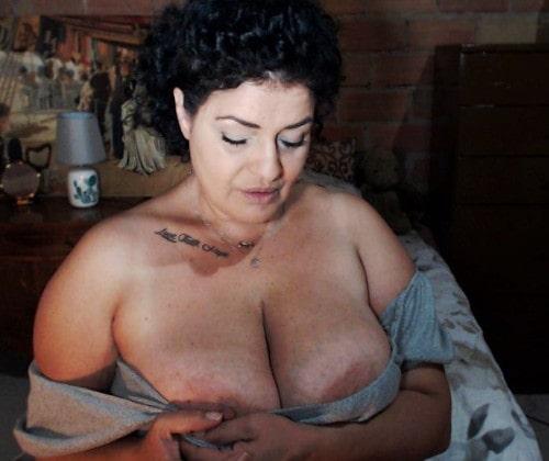 bbw teasing huge nipples on huge tits