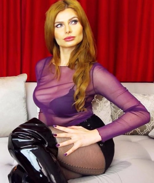 hot body findomme teases boots & nylons